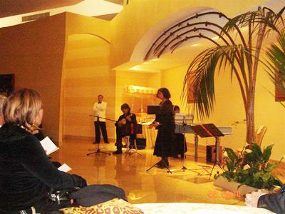 Concerto di Natale 2009 concerto-natale-09-001 - Immagine raffigurante il Concerto di Natale 2009 concerto-natale-09-001.jpg